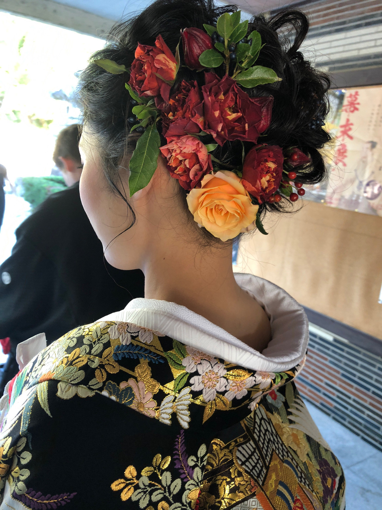 生花アレンジ エレガント 福岡市 結婚式 ヘアスタイルや髪型の写真・画像