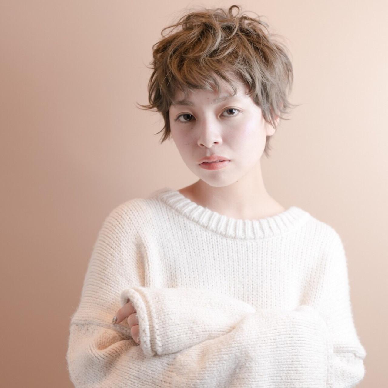 細かく巻いてパーマ風ベリーショート Emiko NakanishiMAULOA