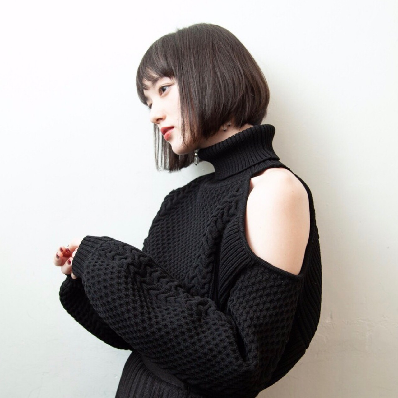 前下がりがステキ☆人気の黒髪ストレートボブ 芦原照成