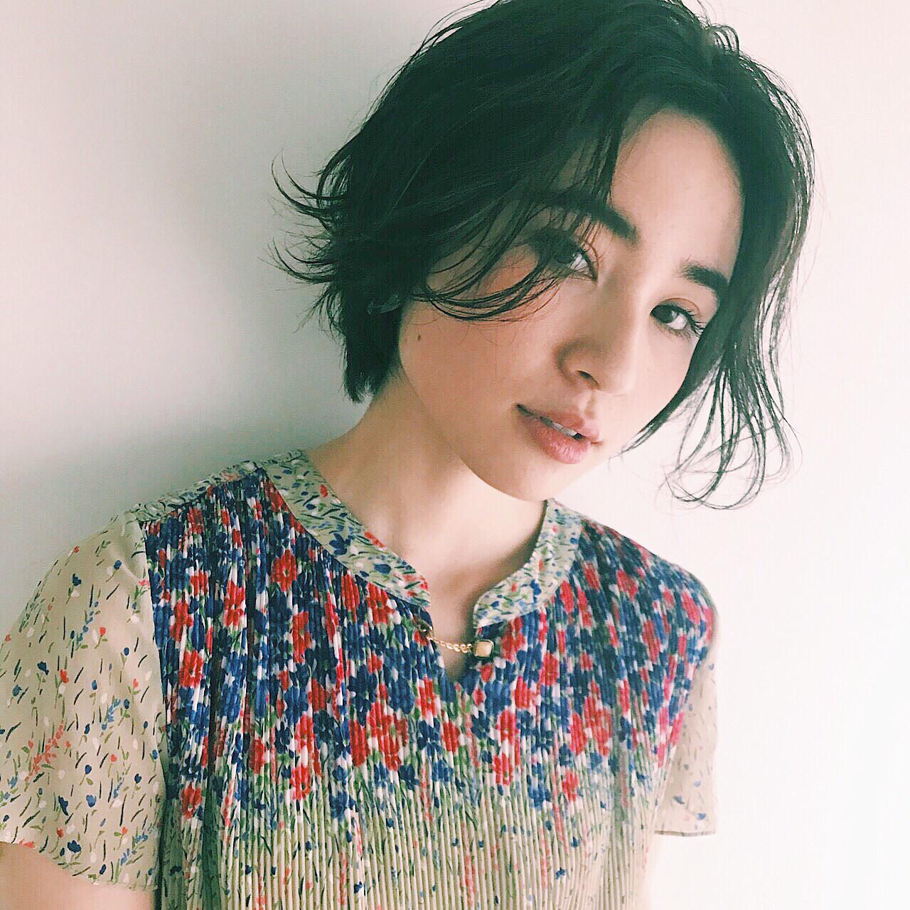 毛先動きが軽やか♡黒髪アンニュイヘアスタイル☆ 菅沼宏恵