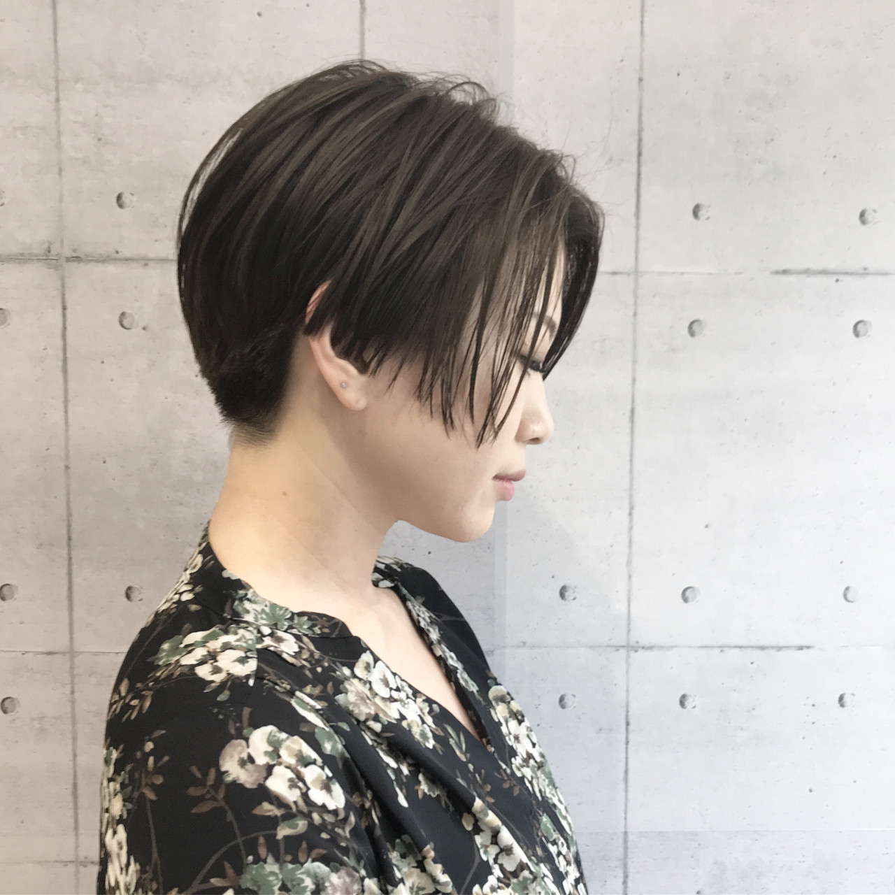 似合わせ 抜け感 モード センターパート ヘアスタイルや髪型の写真・画像