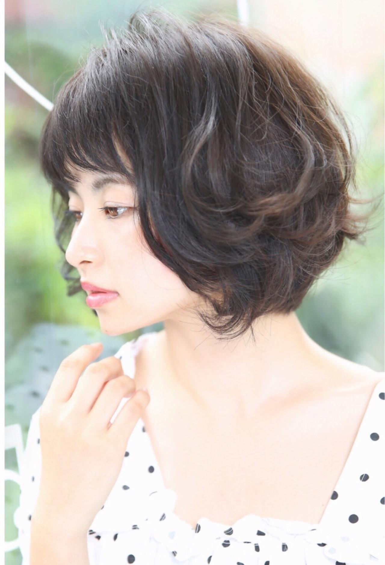 ボリューミーヘア好みにピッタリ☆丸いフォルムのパッツンボブ Reina
