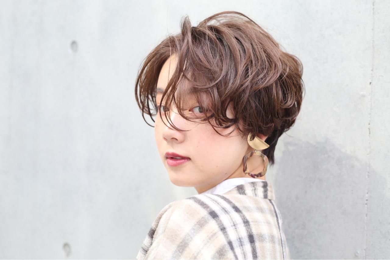 センターパート ショート ストリート 外国人風カラー ヘアスタイルや髪型の写真・画像