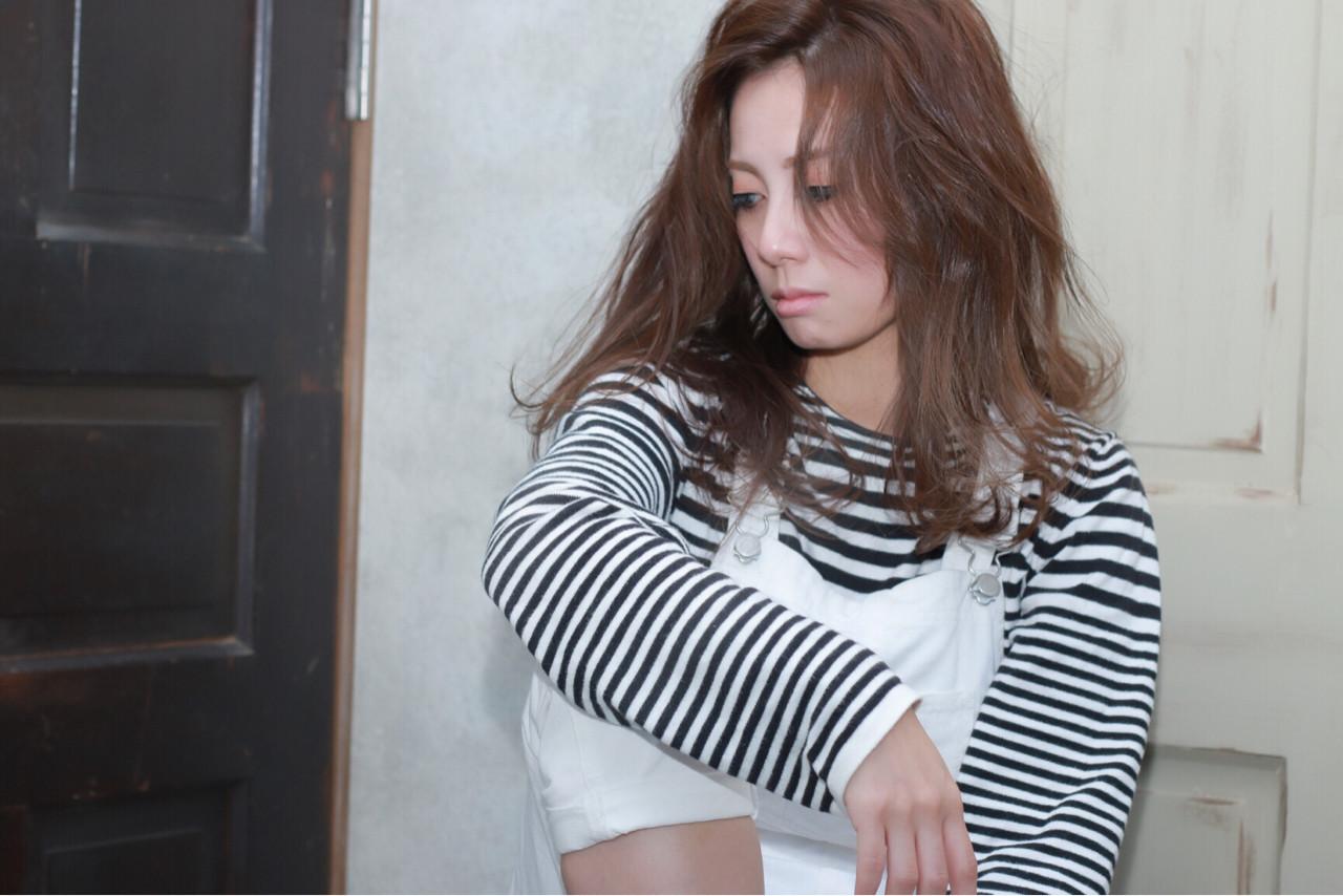 大人女子 コンサバ くせ毛風 セミロング ヘアスタイルや髪型の写真・画像
