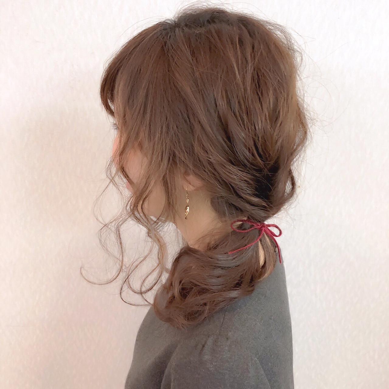 フェミニン ミディアム 簡単ヘアアレンジ 結婚式 ヘアスタイルや髪型の写真・画像