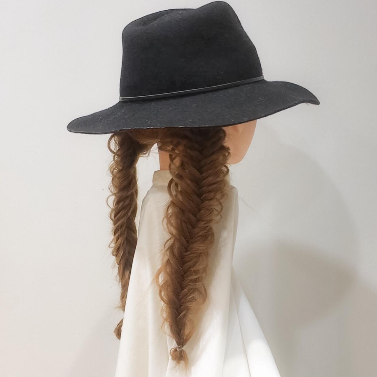フィッシュボーン ロング ツインテール 大人女子 ヘアスタイルや髪型の写真・画像