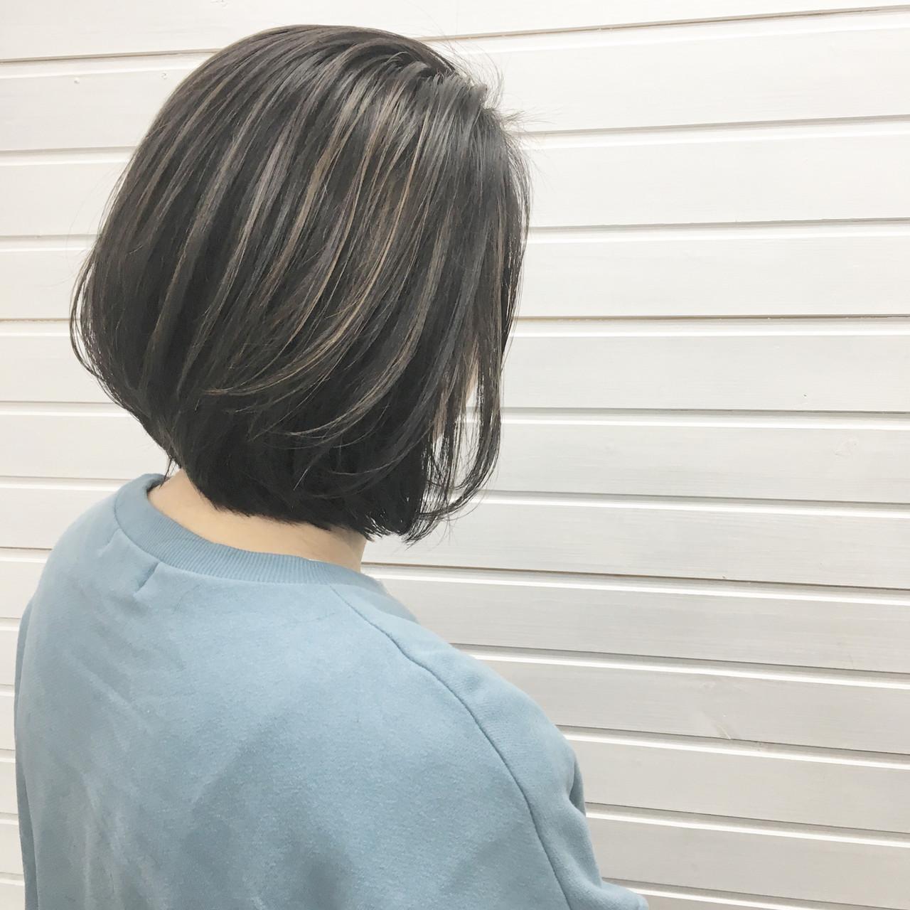 グレージュ アッシュグレージュ ストリート ボブ ヘアスタイルや髪型の写真・画像