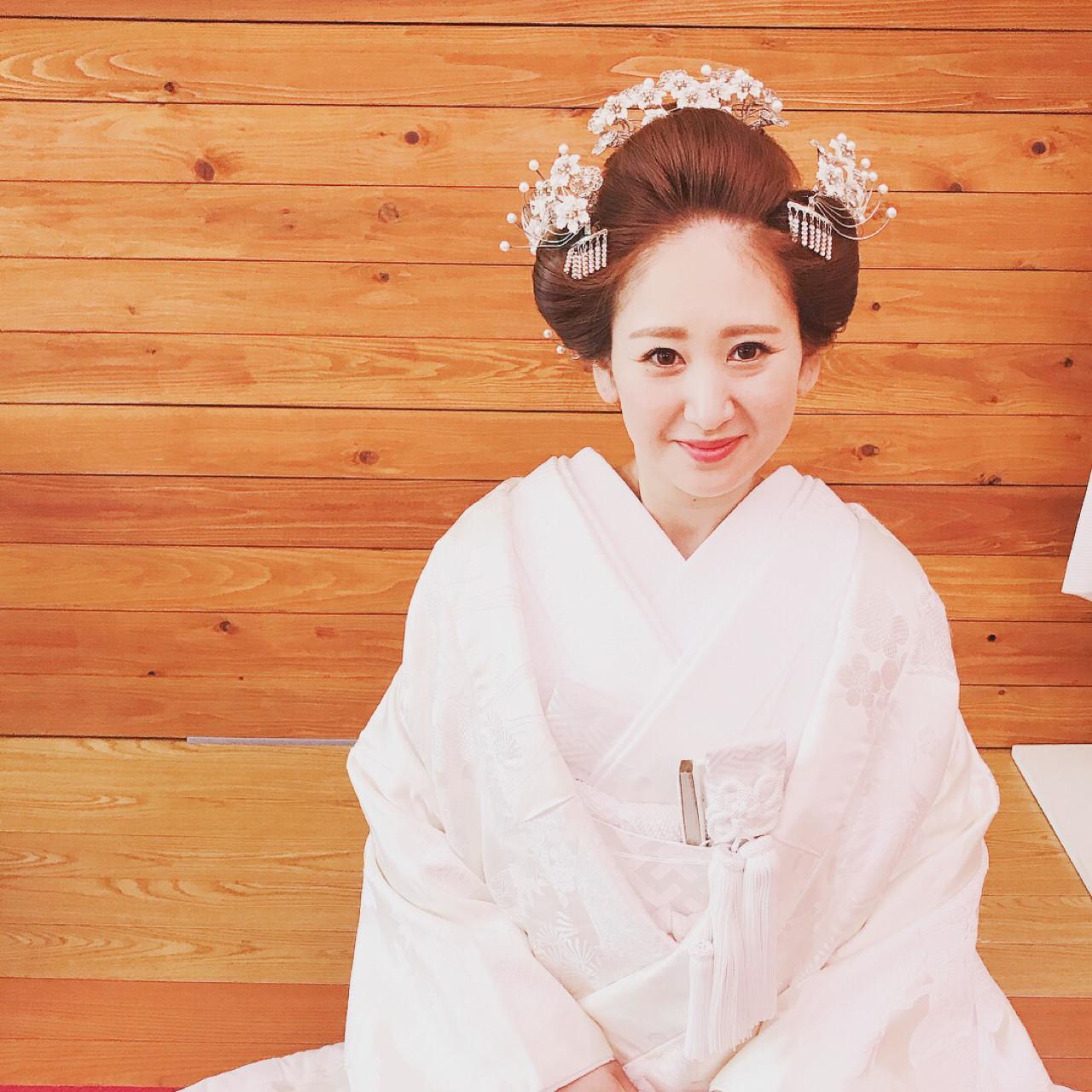 白無垢には伝統的な日本髪 Moriyama Mami