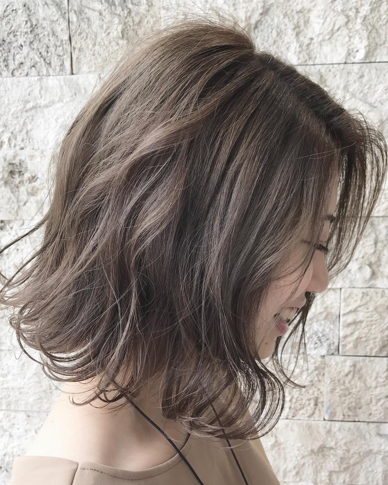 アッシュブラウン ボブ 大人女子 アッシュベージュ ヘアスタイルや髪型の写真・画像