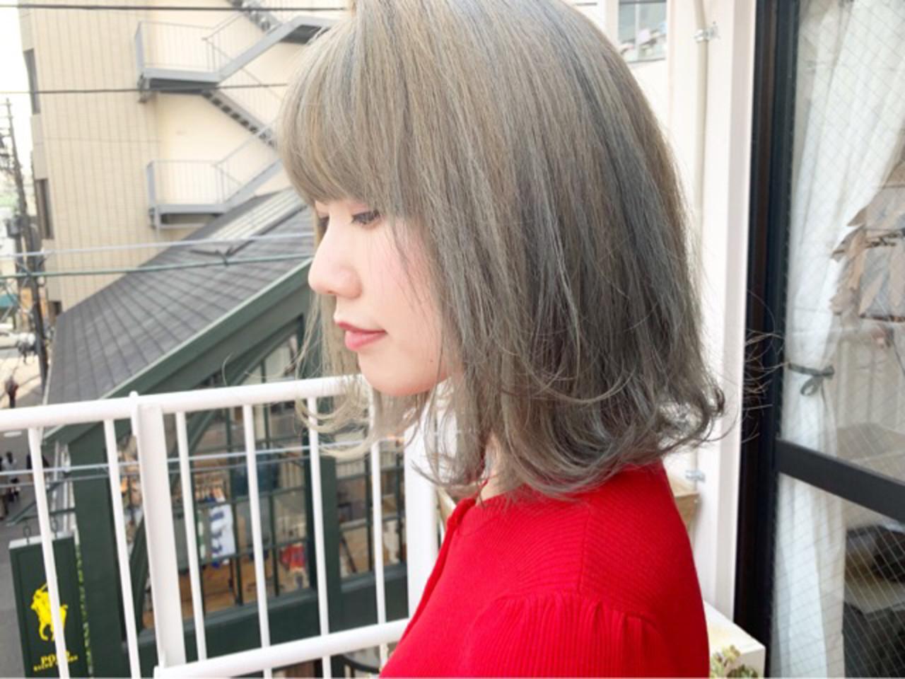 ミント ストリート カフェオレ スモーキーアッシュベージュ ヘアスタイルや髪型の写真・画像