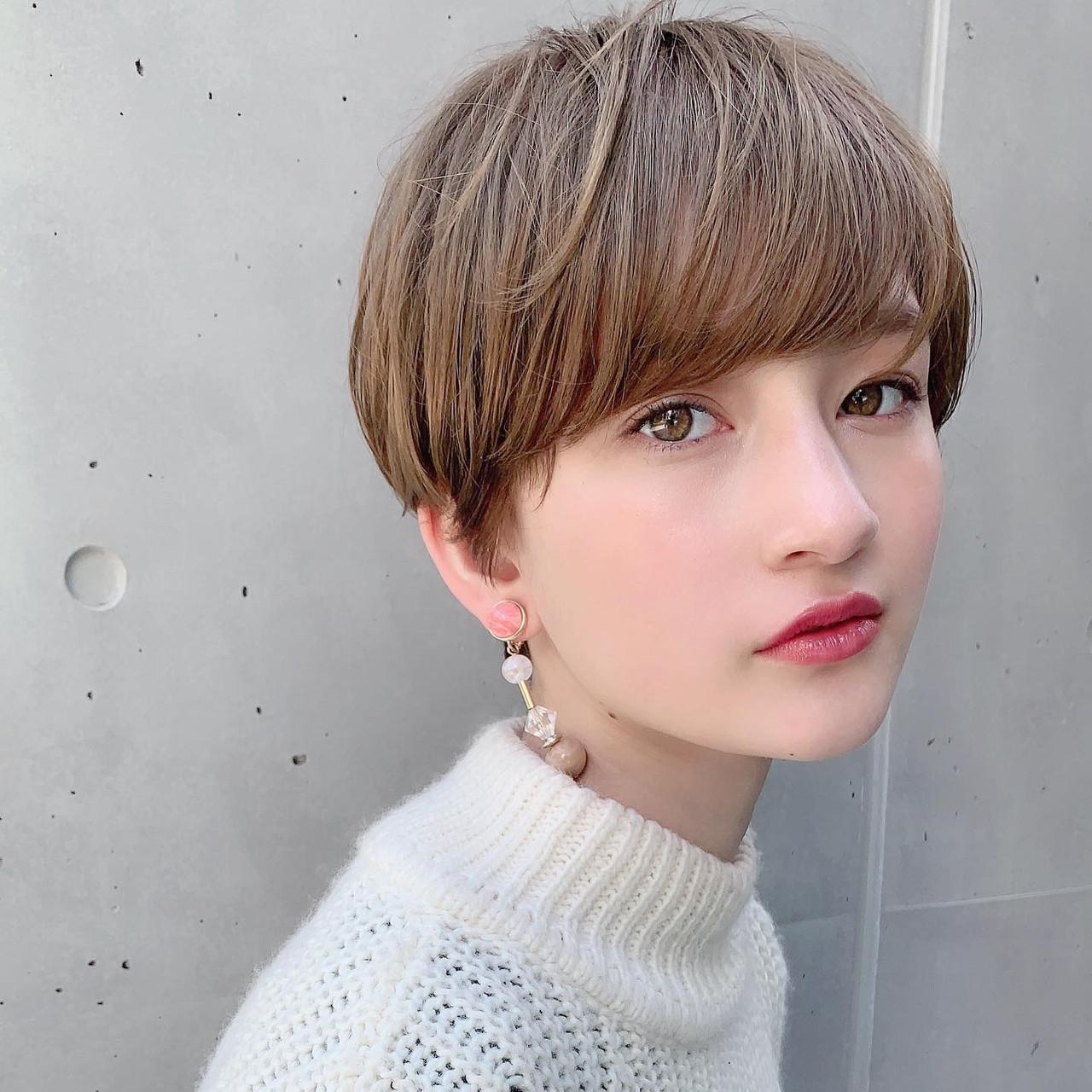 オフィス デート ヘアアレンジ パーマ ヘアスタイルや髪型の写真・画像