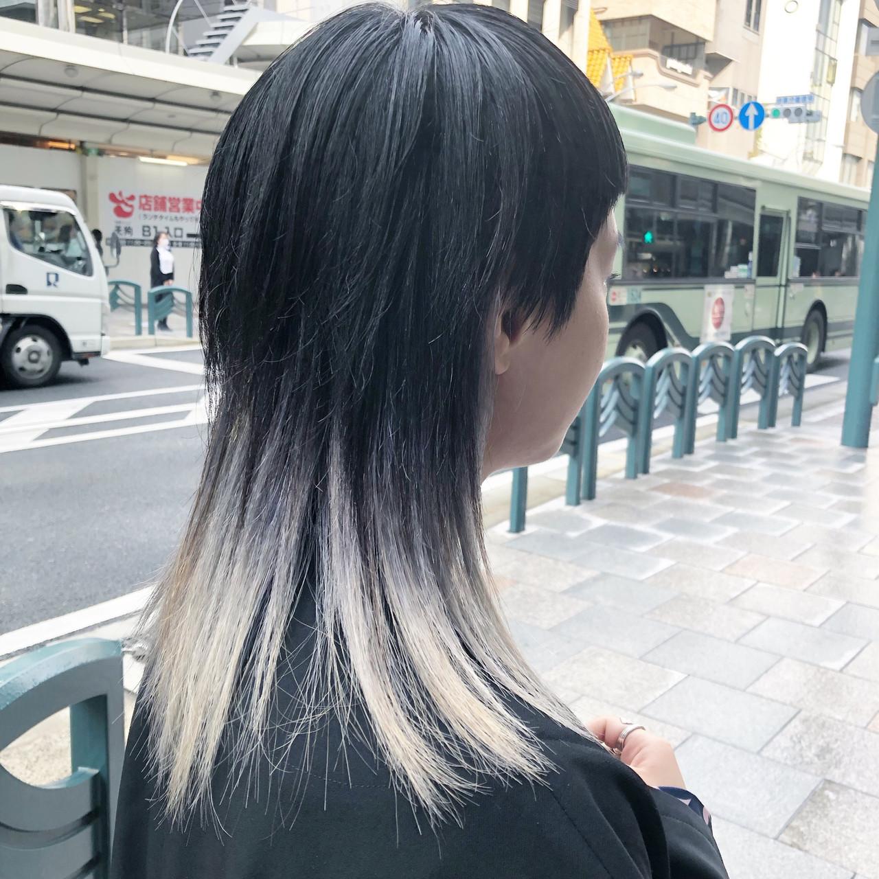 イルミナカラー モード スモーキーカラー ロング ヘアスタイルや髪型の写真・画像