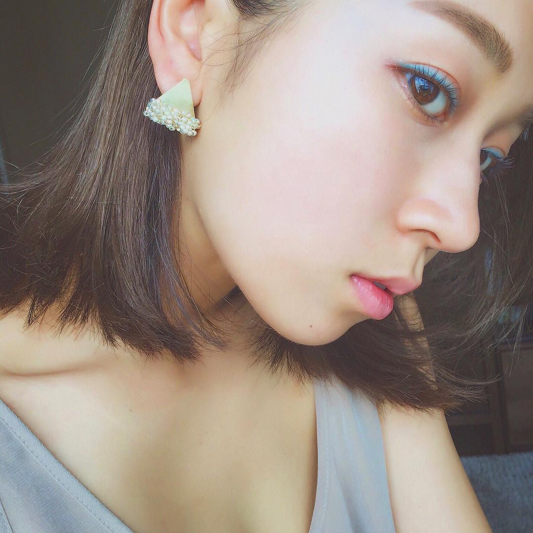 今季人気の3色で夏美肌をGET♡今っぽ「白肌映え」メイク法