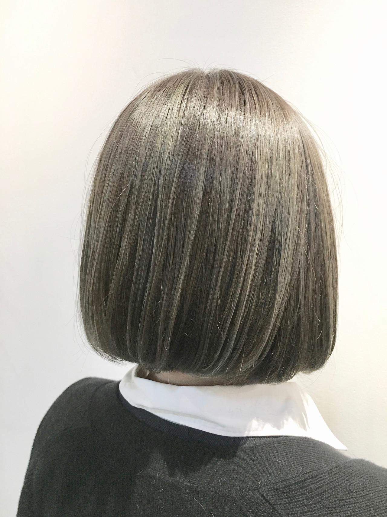 ほのかに色づくグリーンがポイント! 村上 駿FRAMES hair design