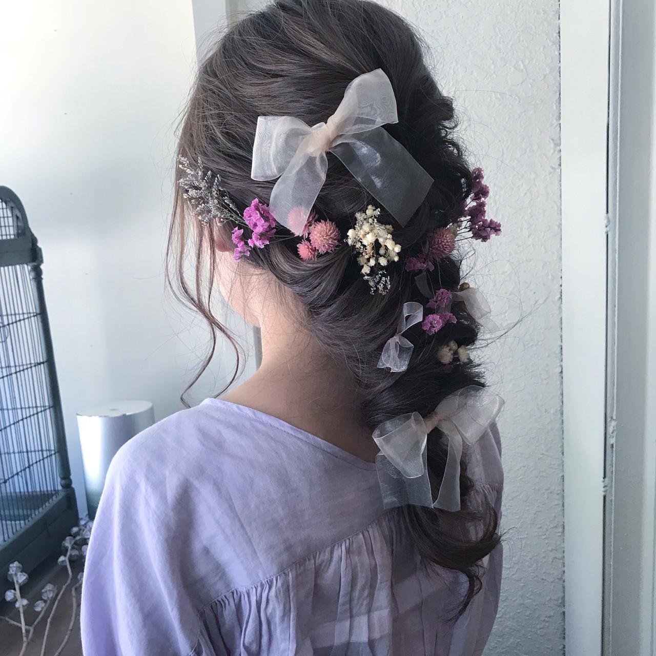 編み込みでつくるロングのガーリーな髪型 anhue. オザキミノリAn hue.