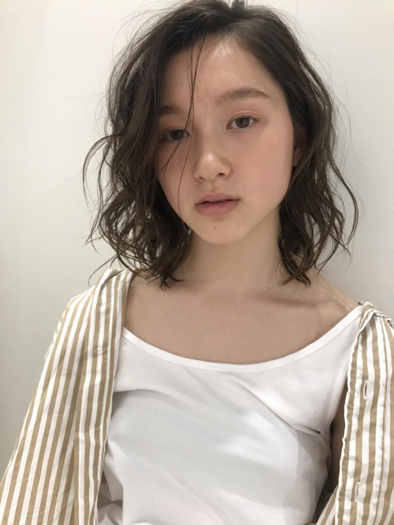 40代にもおすすめなミディアムレイヤーボブ 川西知隼/Cocoon