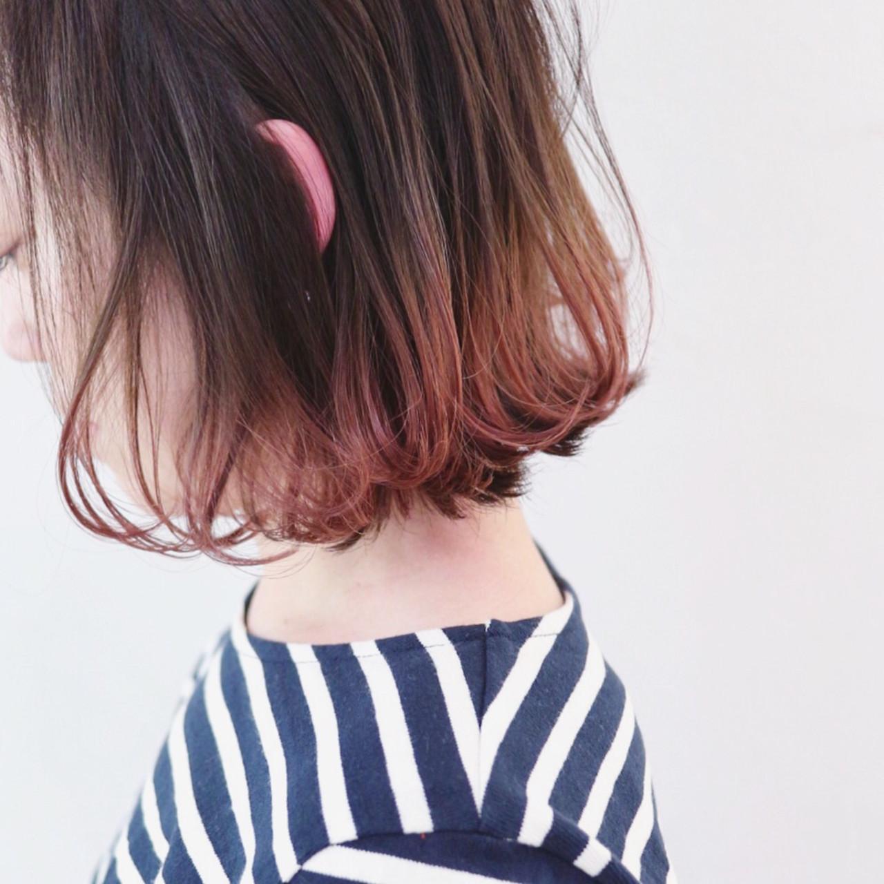 アンニュイほつれヘア ストリート グラデーションカラー パーマ ヘアスタイルや髪型の写真・画像