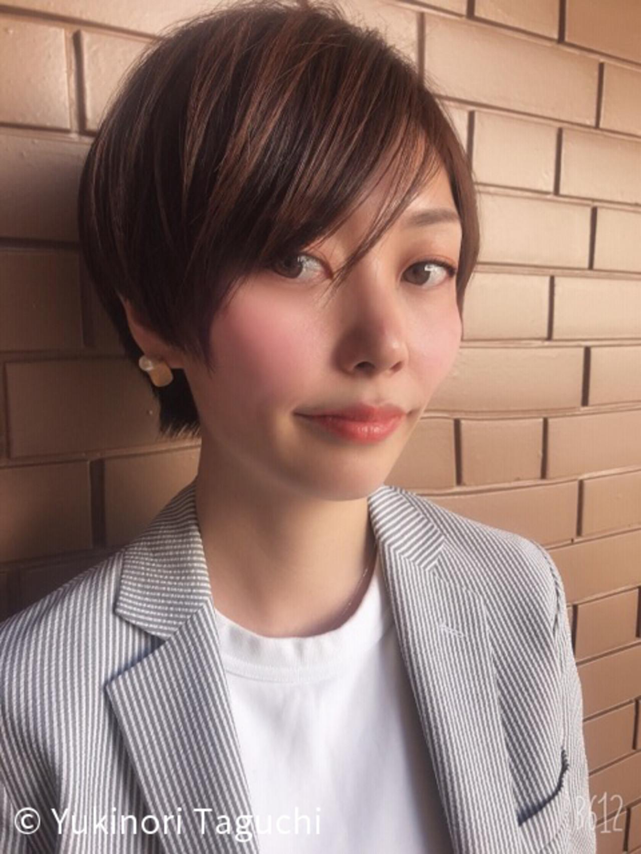 オフィス 大人かわいい カジュアル ヘアカラー ヘアスタイルや髪型の写真・画像