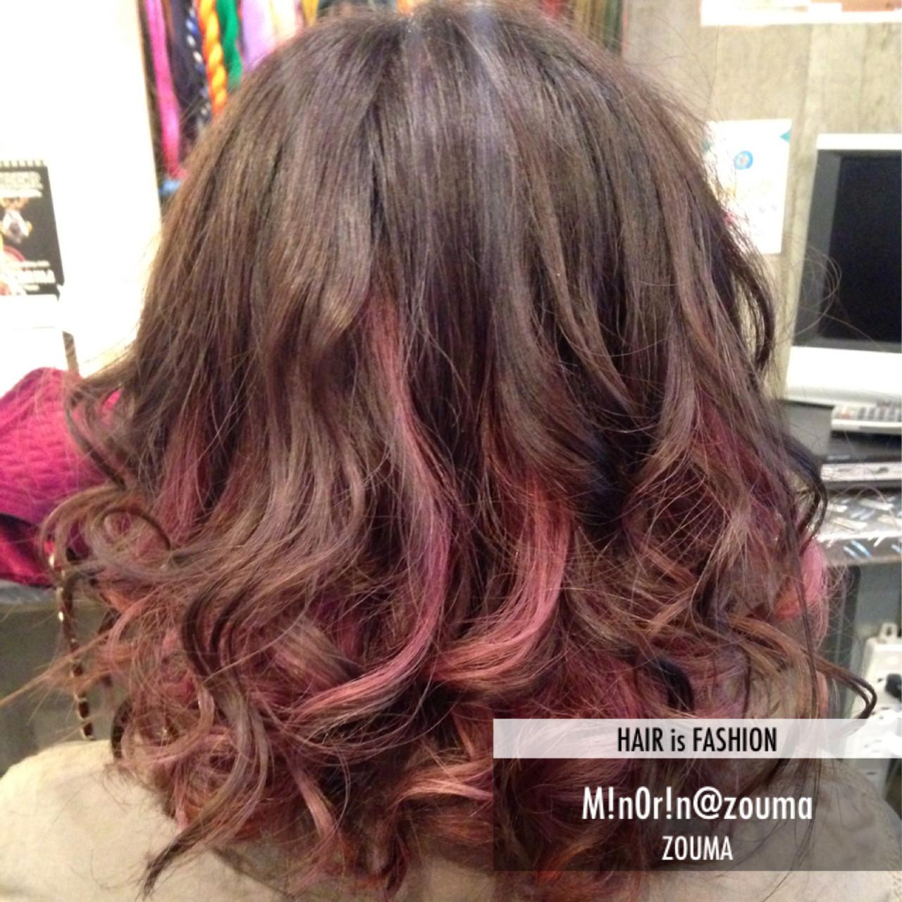 ピンク×オレンジのグラデーションヘアスタイル みのりん/ZOUMA