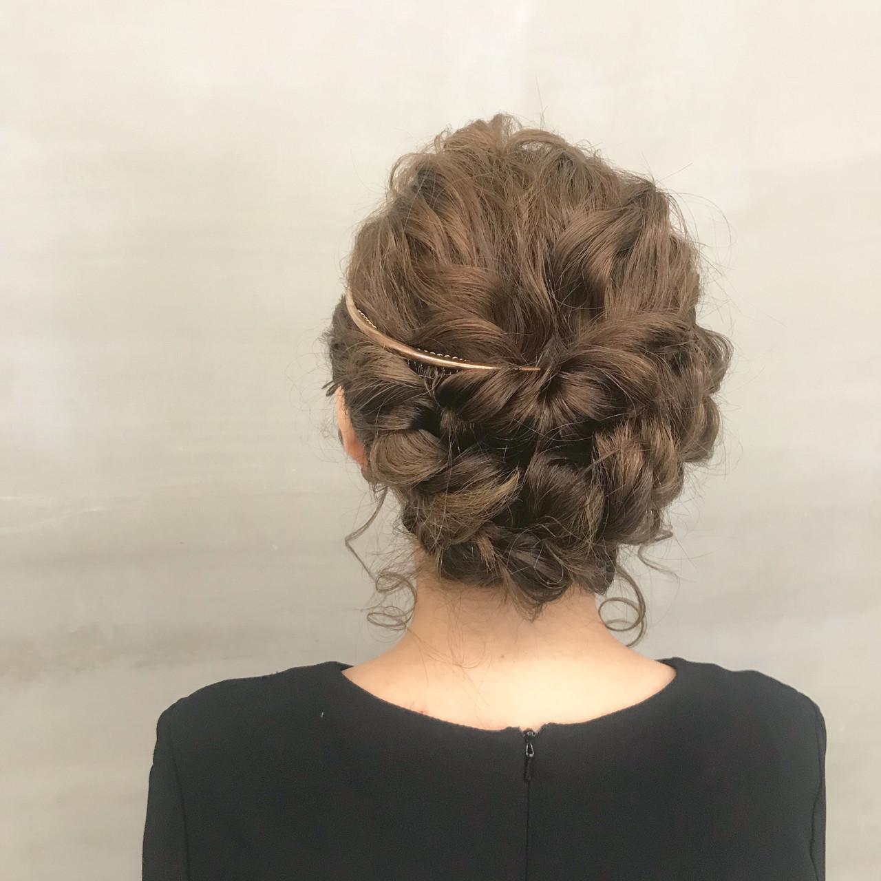 ほんのりガーリーなセミロングのアップスタイルの髪型 brisa 野田 沙織brisa ブリッサ