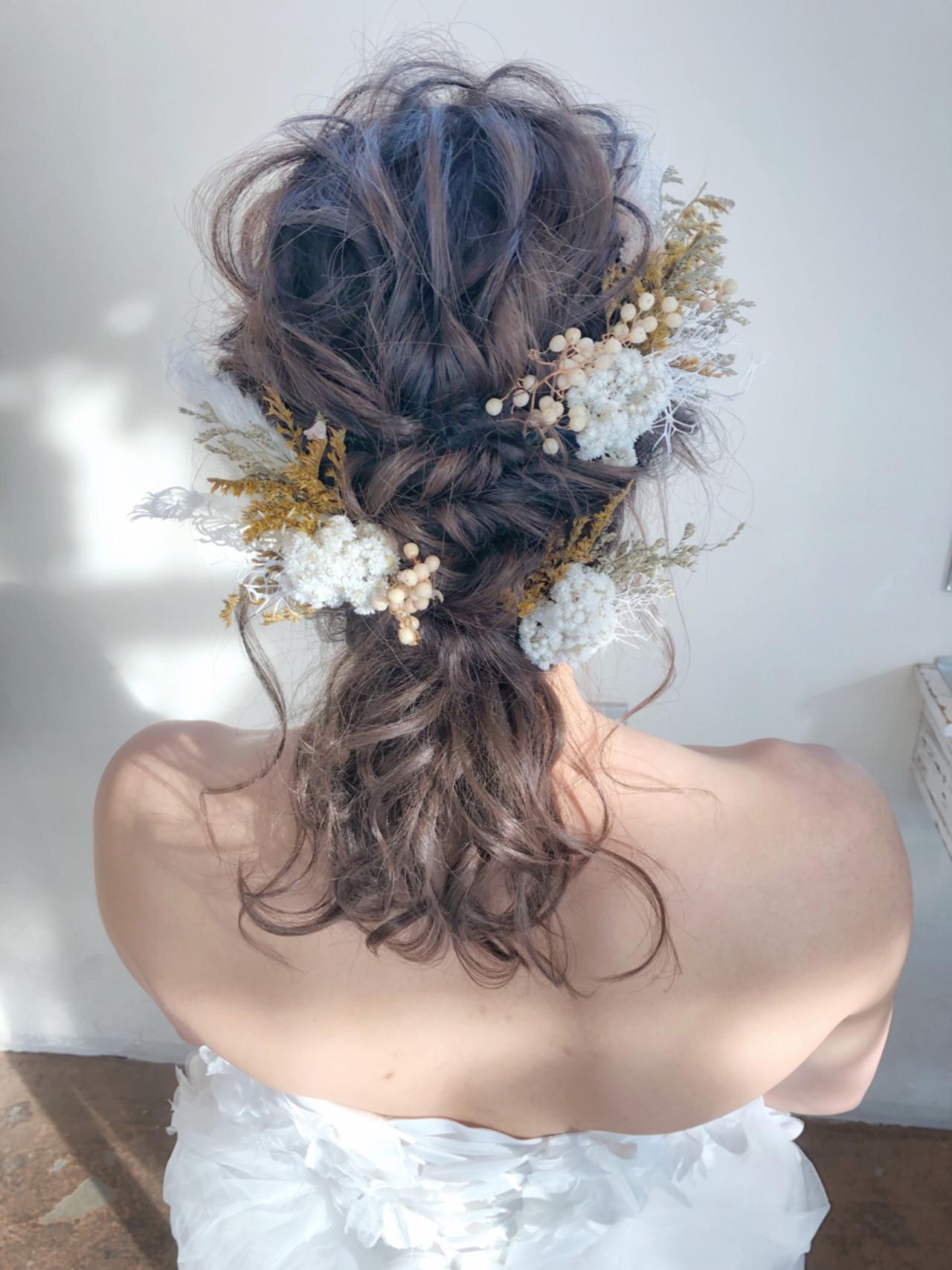 ティアラが似合う華やかなミディアムの素敵な髪型 サワSeamu