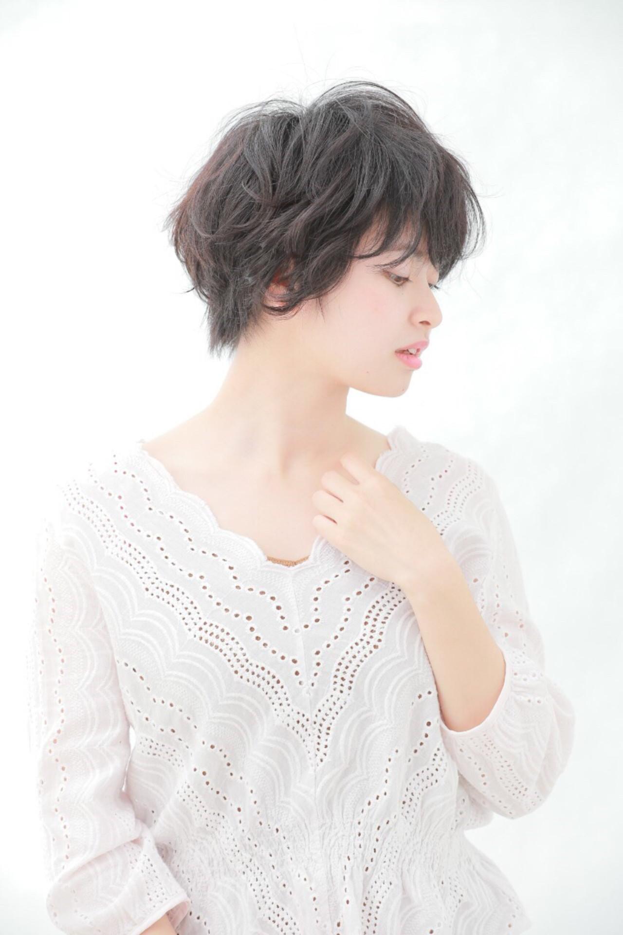 アッシュで作る地毛風の暗髪ショート Reina