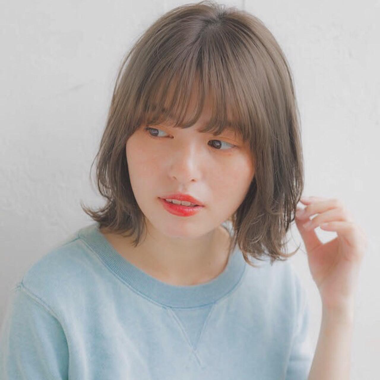 顔まわりの毛を内巻きにしてナチュラルに 竹澤 優/relian銀座Top stylist