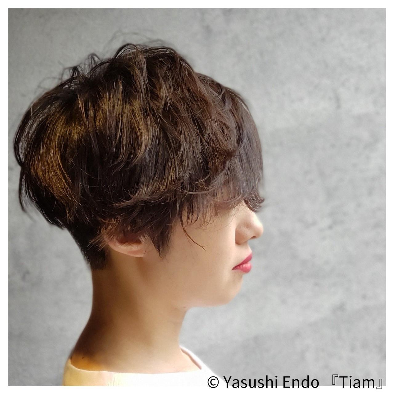 トップふんわり×襟足刈り上げのツーブロック Yasushi Endo 『Tiam』