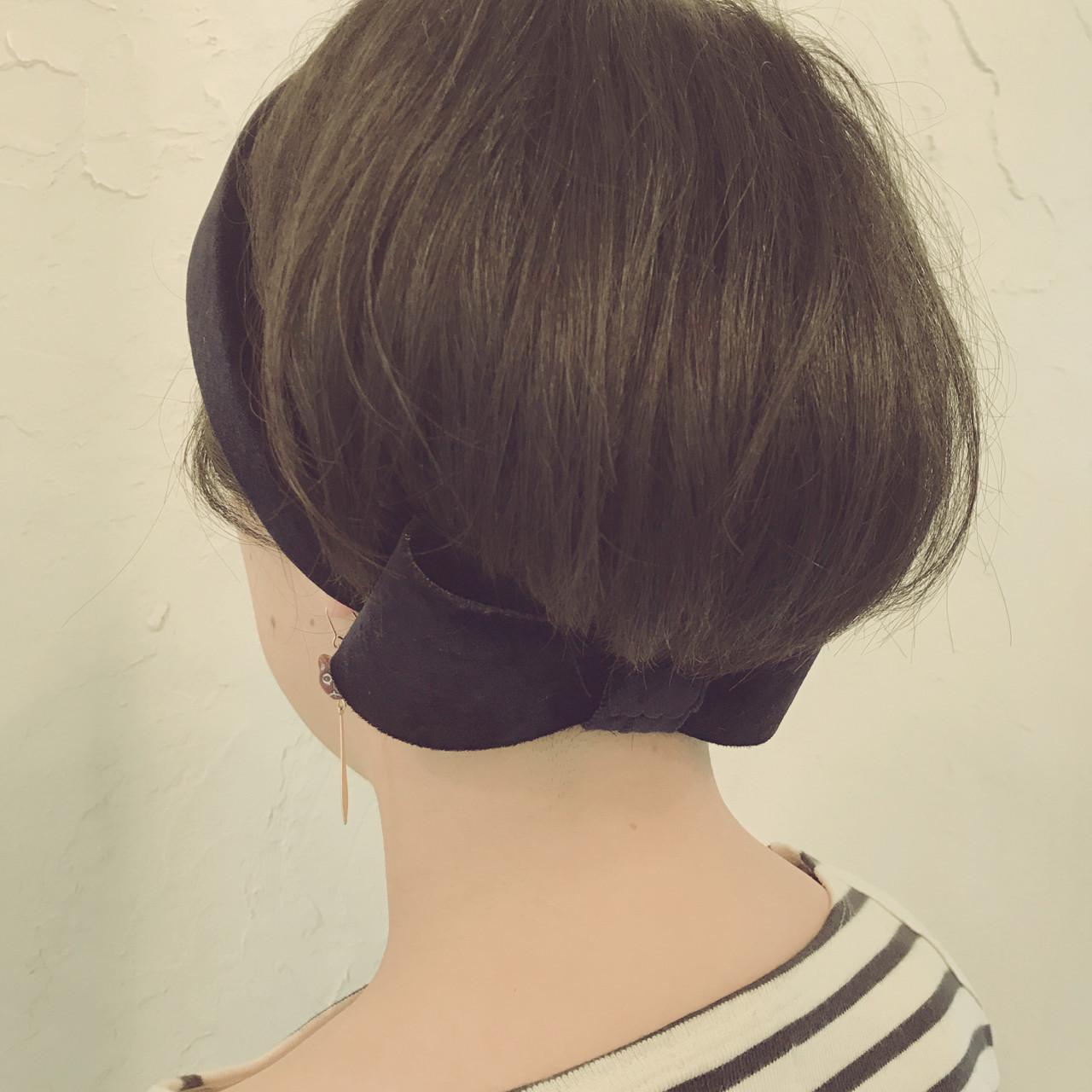 シンプル黒のヘアバンドでまとめ髪 kaoriFUMP 銀座