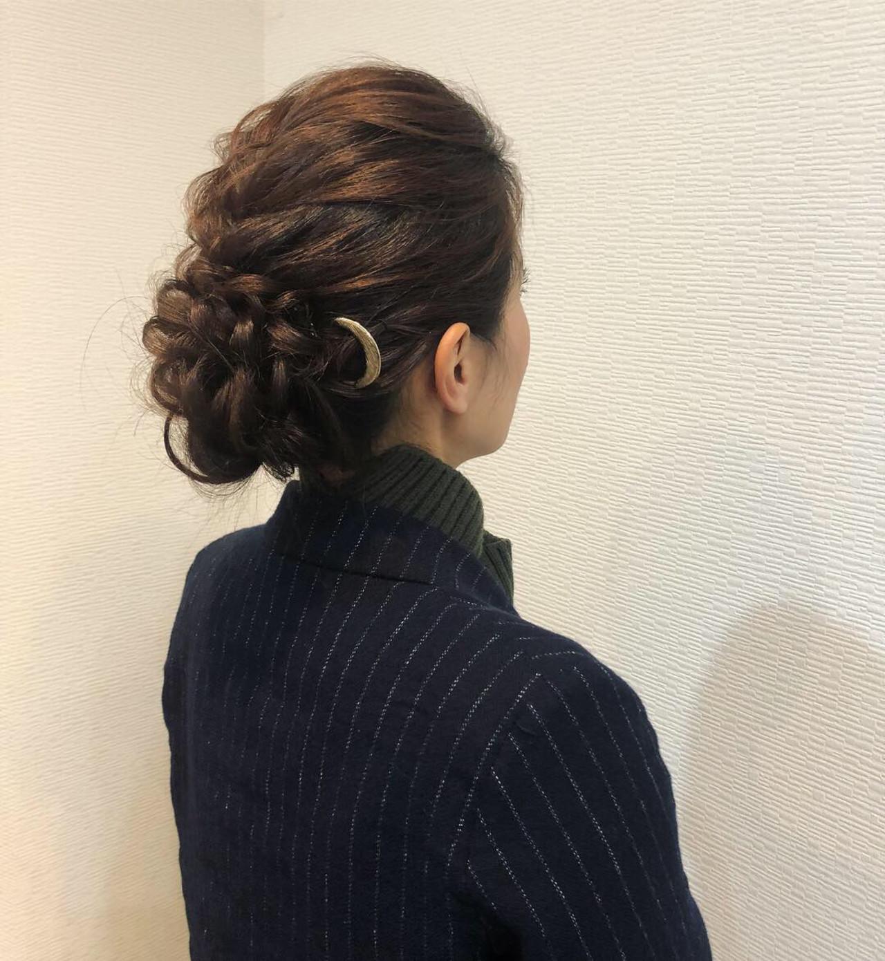 編み込み アップ ヘアアレンジ フェミニン ヘアスタイルや髪型の写真・画像