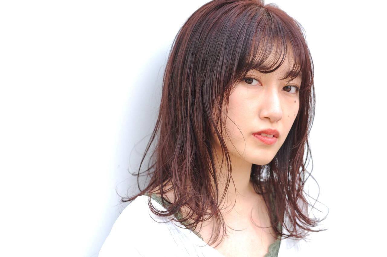 ミディアム パーマ フェミニン 小顔ヘア ヘアスタイルや髪型の写真・画像