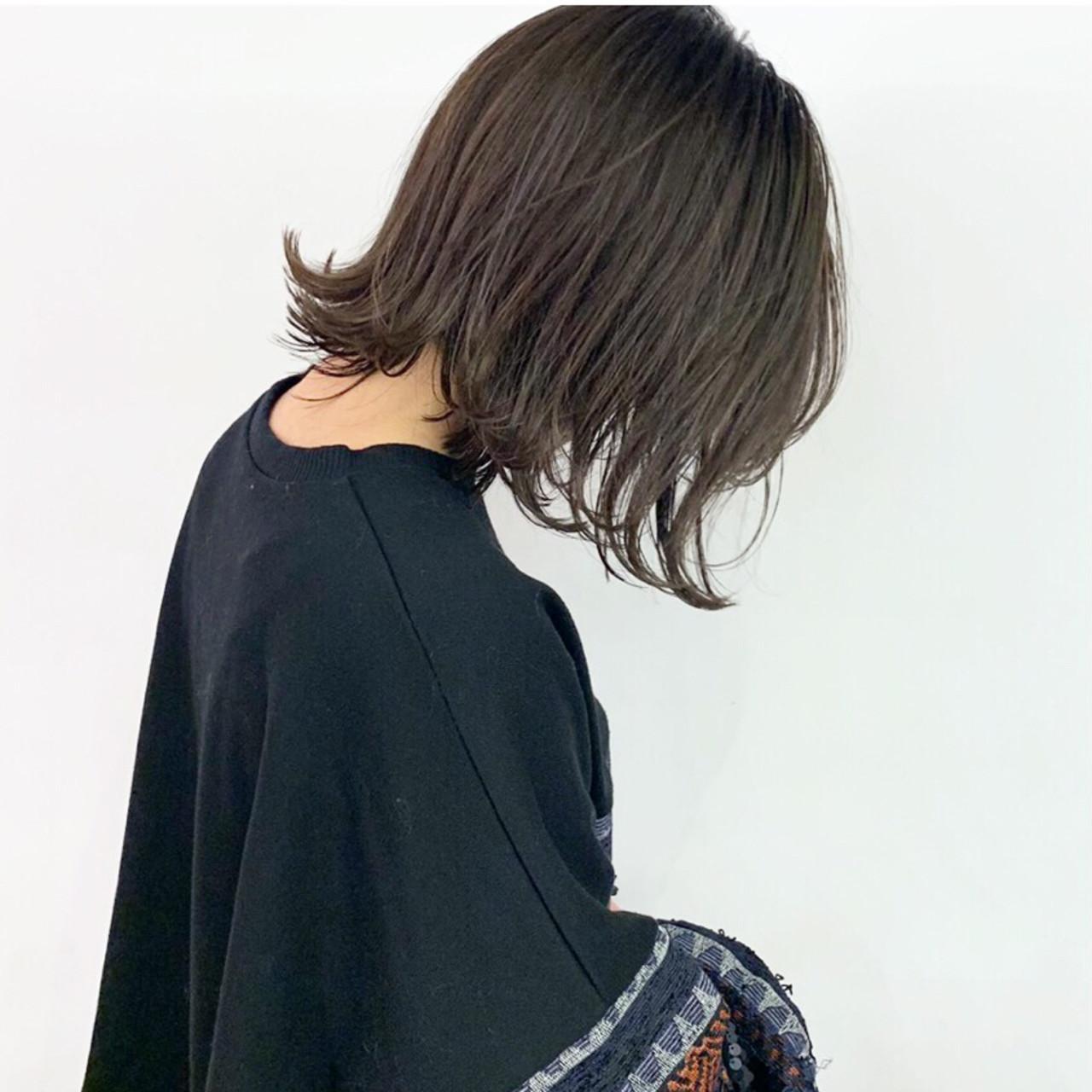 切りっぱなしボブ ハイライト ミニボブ 外ハネボブ ヘアスタイルや髪型の写真・画像