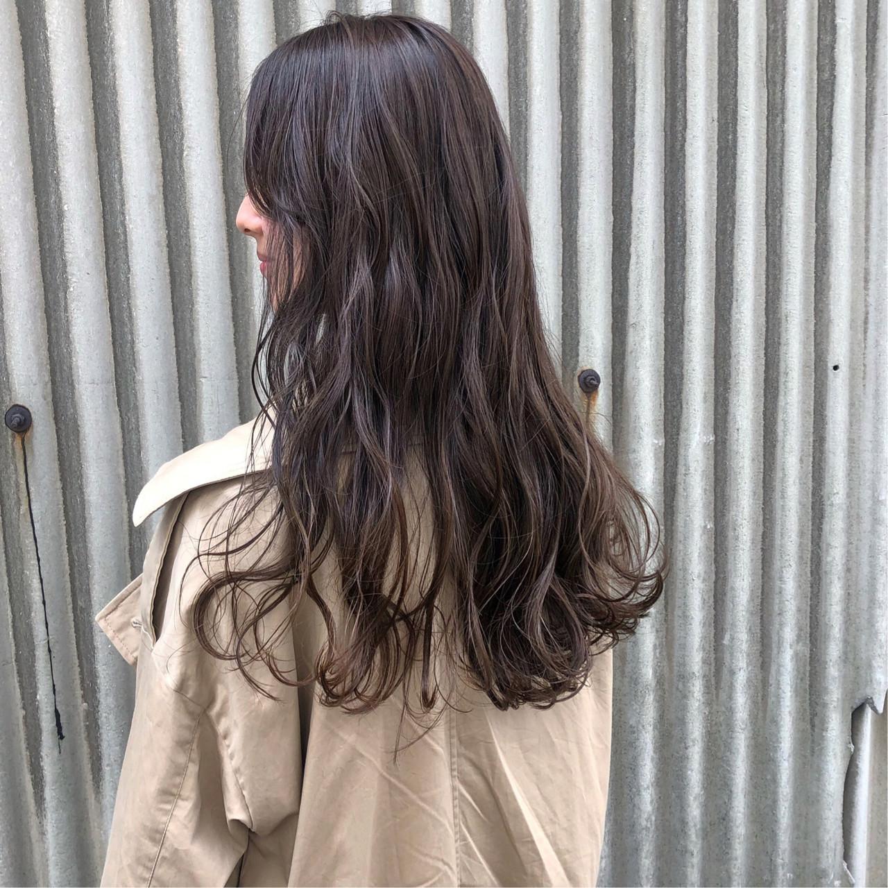透明感カラー ナチュラル デート ロング ヘアスタイルや髪型の写真・画像