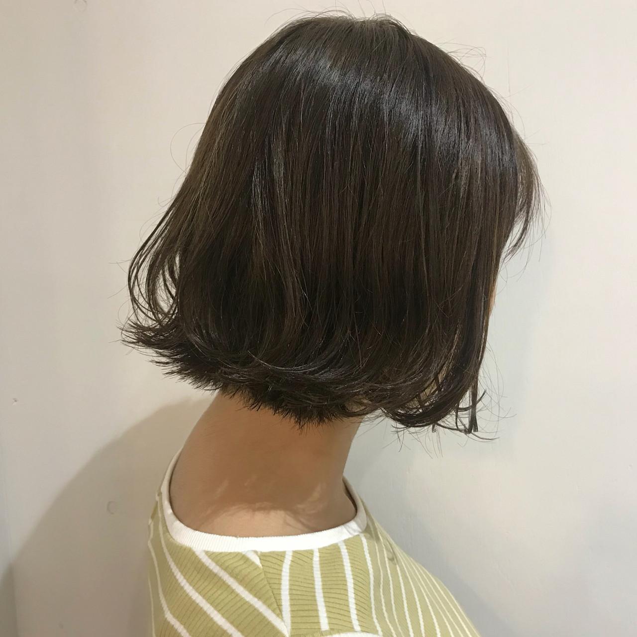 グラデーションカラー ストリート オリーブアッシュ アッシュグラデーション ヘアスタイルや髪型の写真・画像