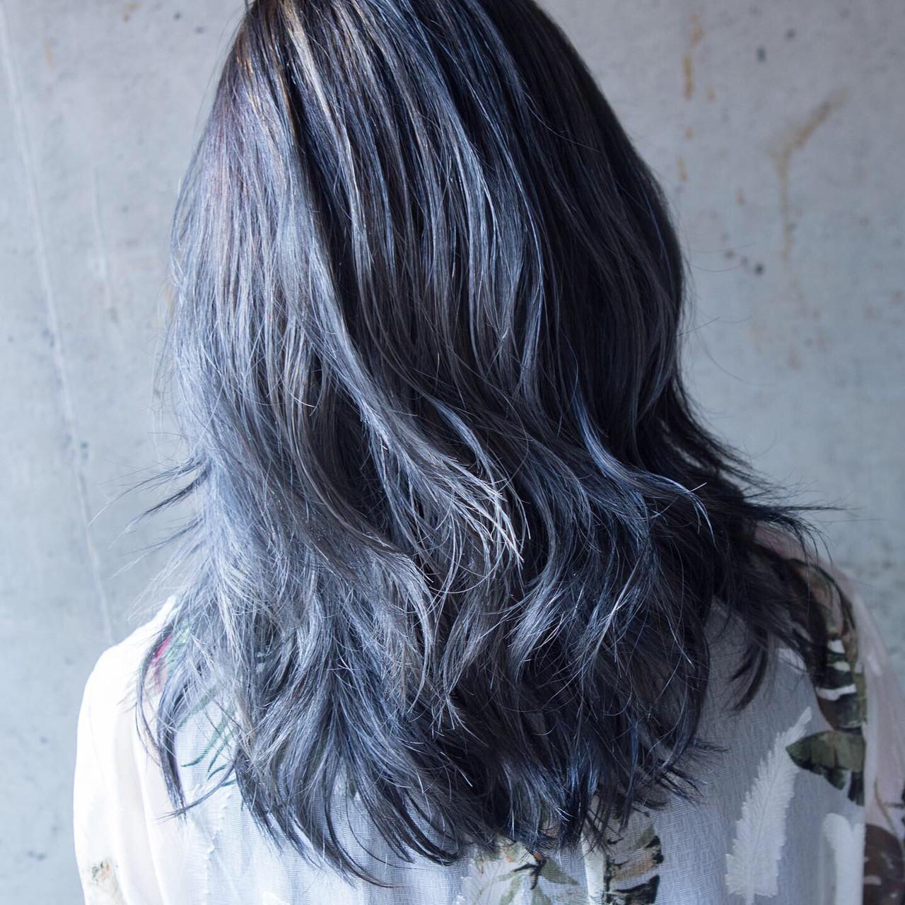 デニム 暗髪 ブルージュ セミロング ヘアスタイルや髪型の写真・画像