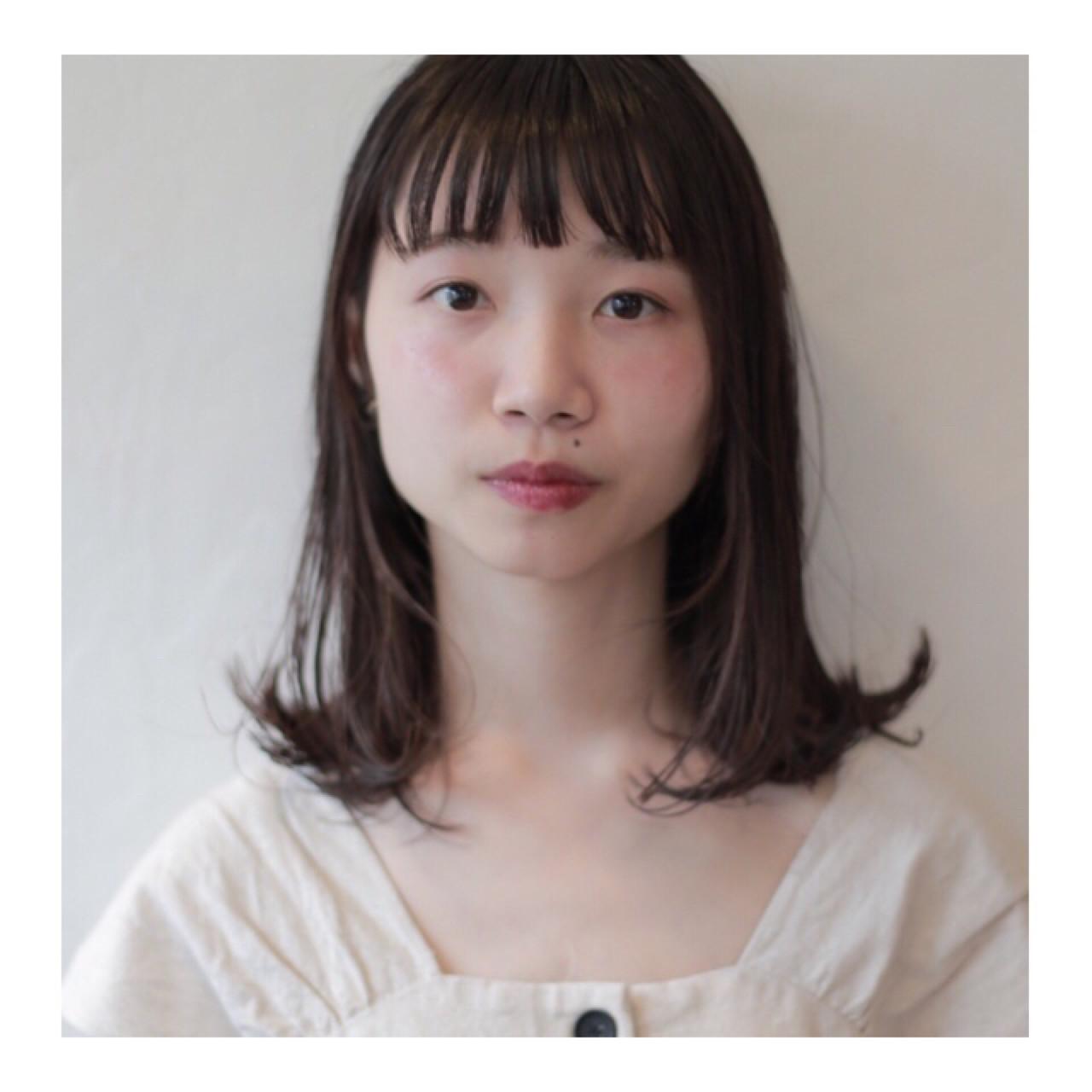 黒髪 ミディアム 外ハネ 秋 ヘアスタイルや髪型の写真・画像