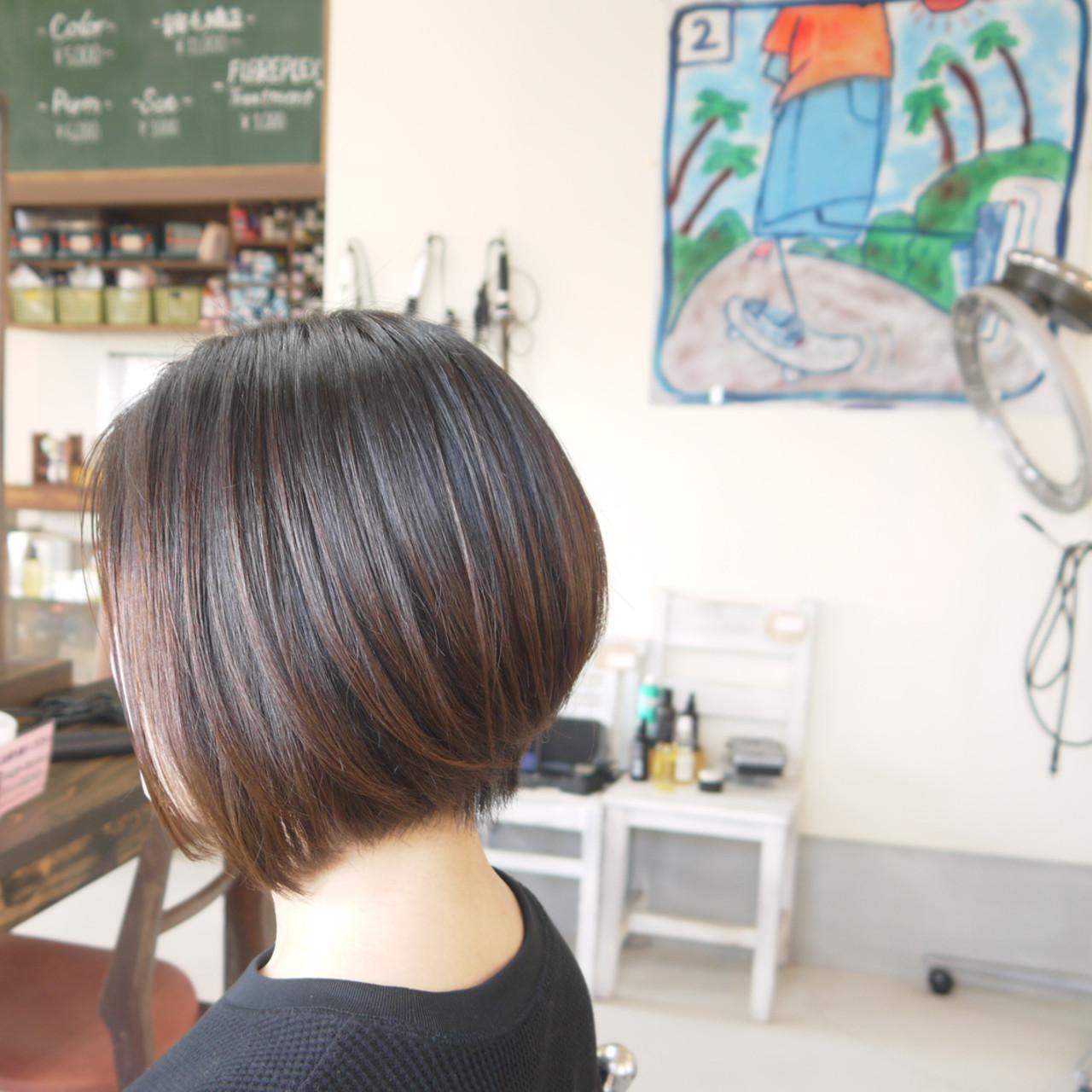 ナチュラル 前下がりショート ボブ ショートボブ ヘアスタイルや髪型の写真・画像