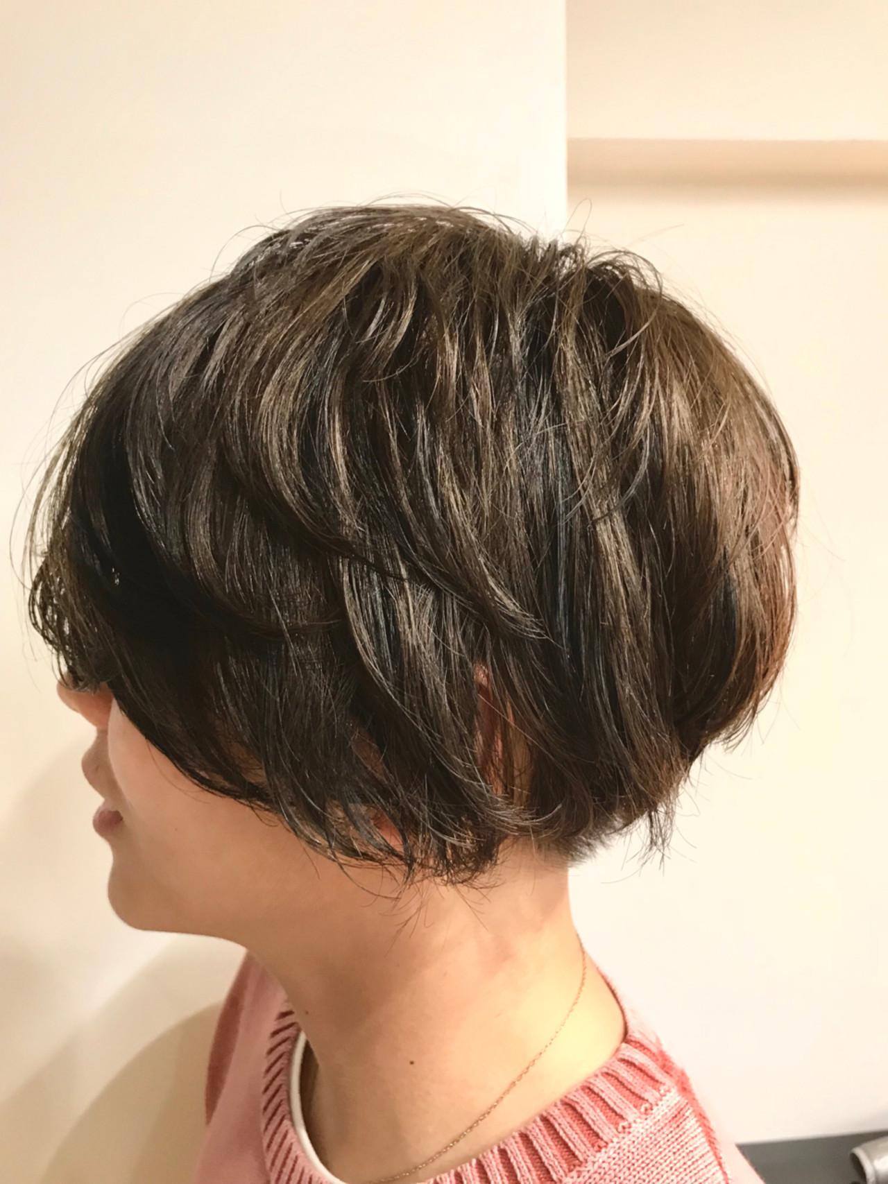 ショートボブ ハイライト ショート ローライト ヘアスタイルや髪型の写真・画像
