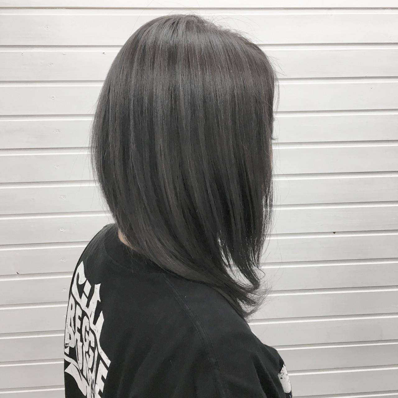 ストリート セミロング ブルーラベンダー ブルーアッシュ ヘアスタイルや髪型の写真・画像