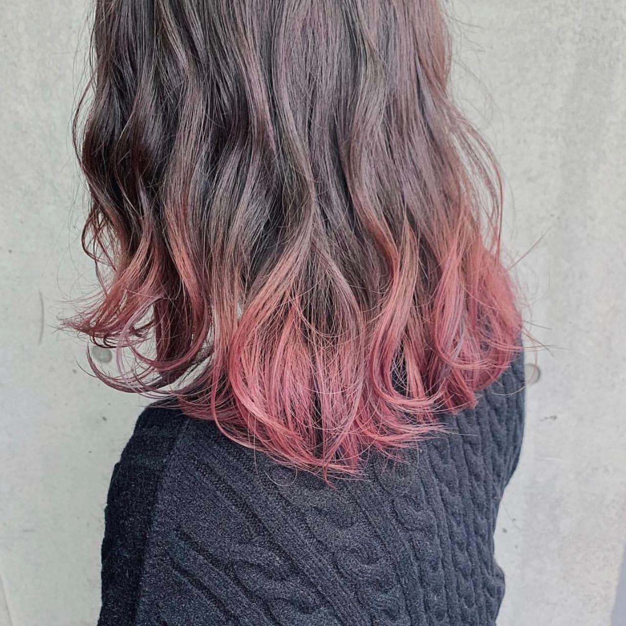 ほんのりガーリーで愛らしい♡ふんわりミディアムのピンクグラデーションカラー アヤLano by HAIR