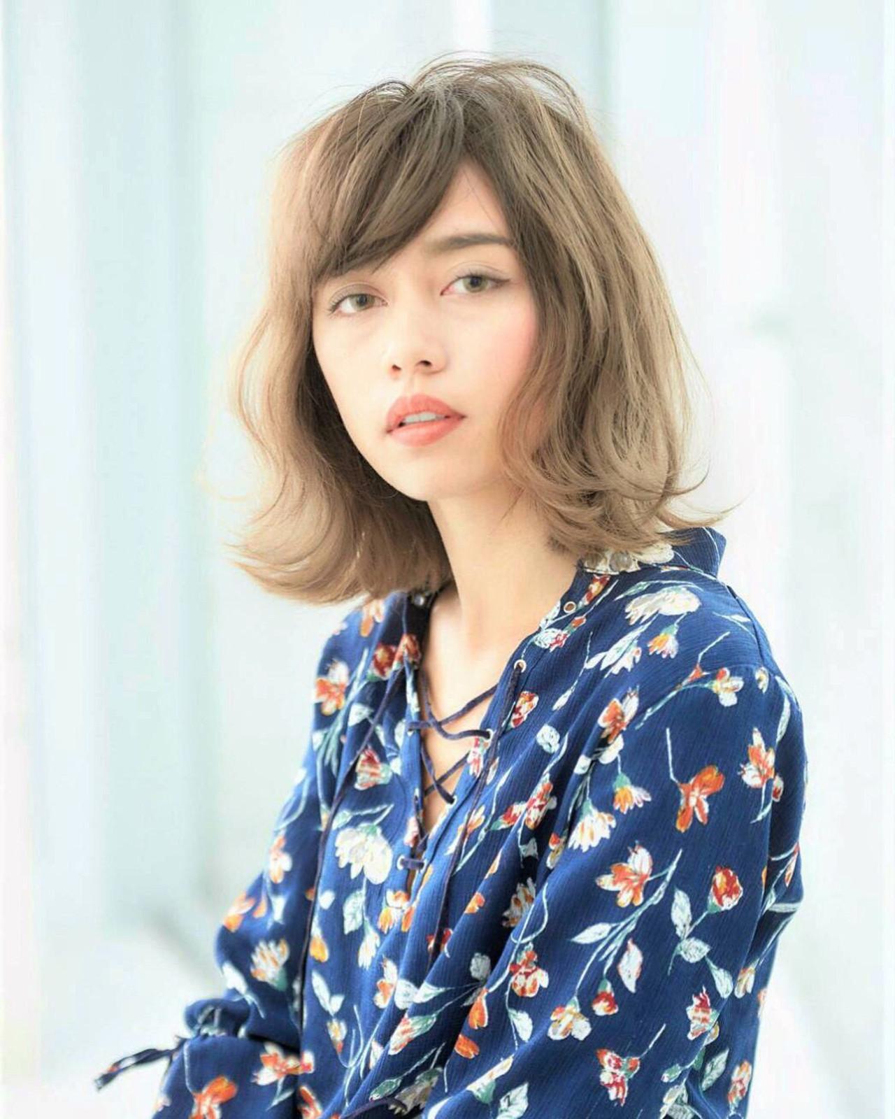 大人フェミニン斜めバングもアイロンでセット 宮崎洋輔awa hair by Michio Nozawa HAIR SALON Ginza