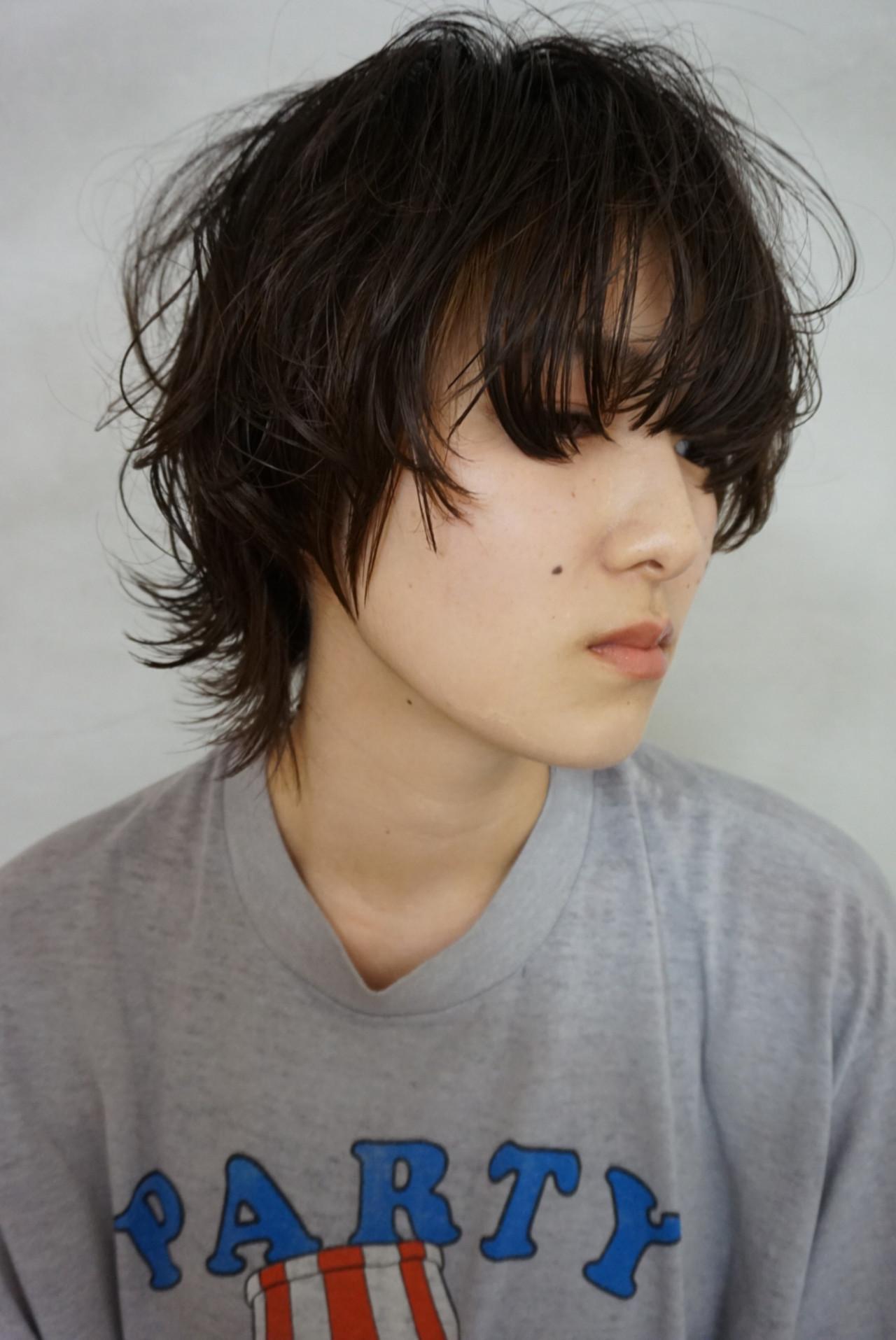 黒髪 ウルフカット マッシュウルフ ナチュラル ヘアスタイルや髪型の写真・画像