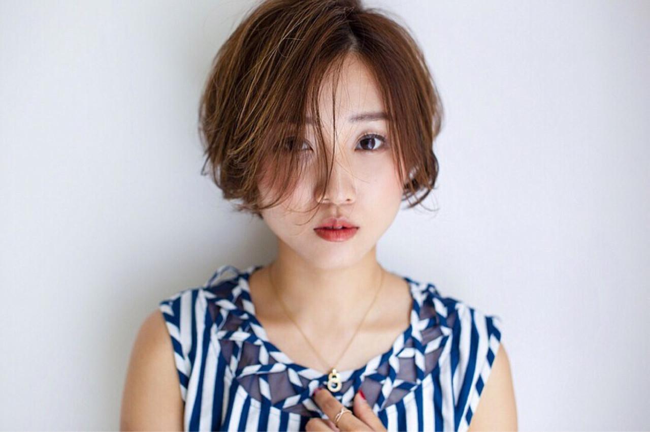 うざバング 色気 アンニュイ 大人かわいい ヘアスタイルや髪型の写真・画像