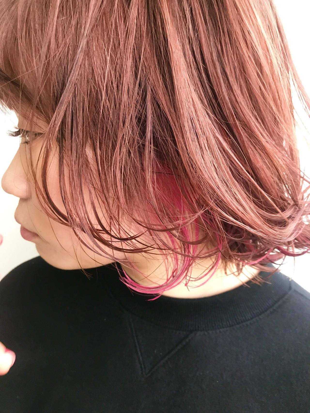 毛先にピンクをプラス☆大人っぽヘアにして♪ 杉本 佳奈