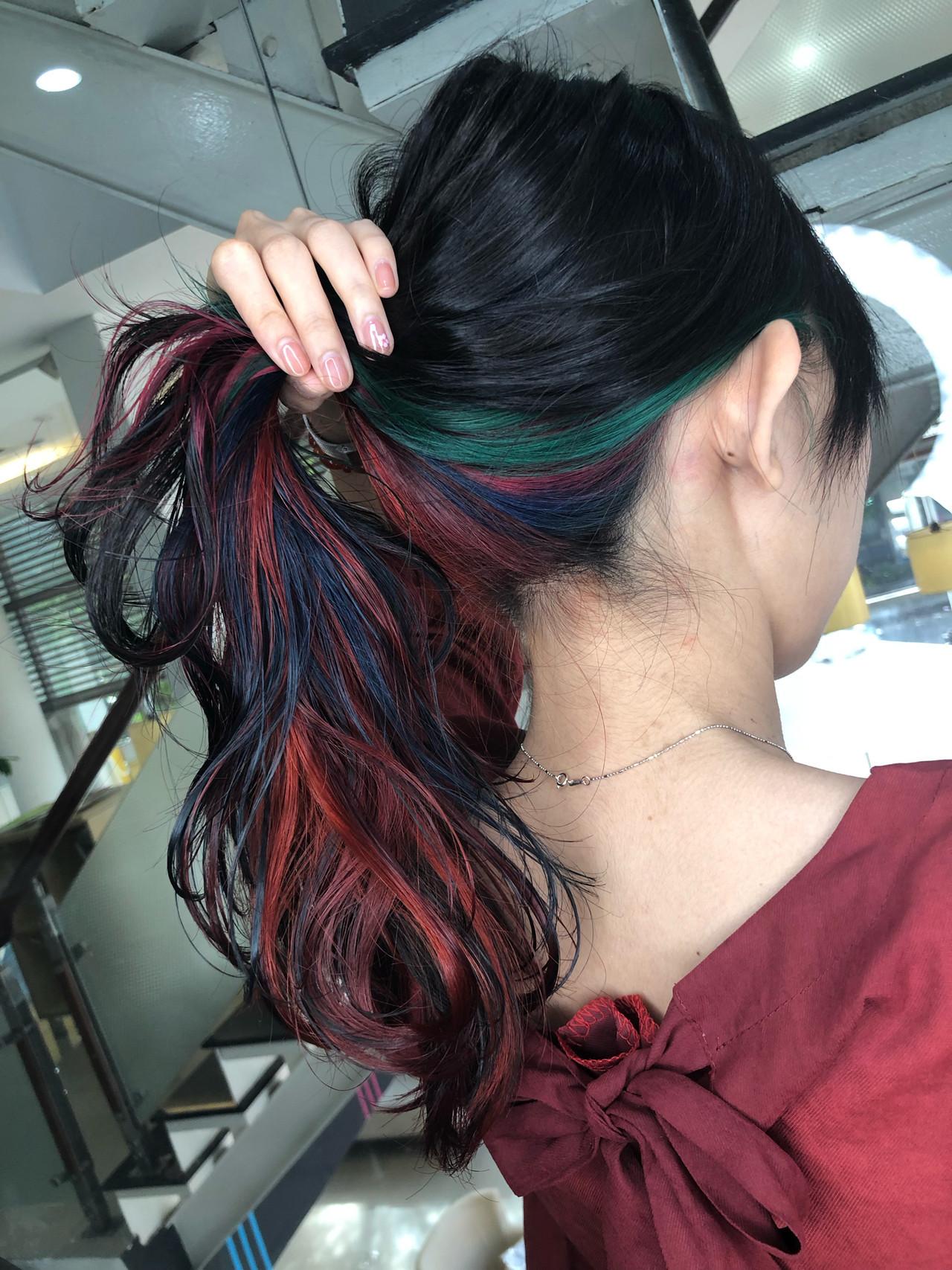 個性溢れるロングのインナーユニコーングラデーション 筒井 隆由Hair salon mode