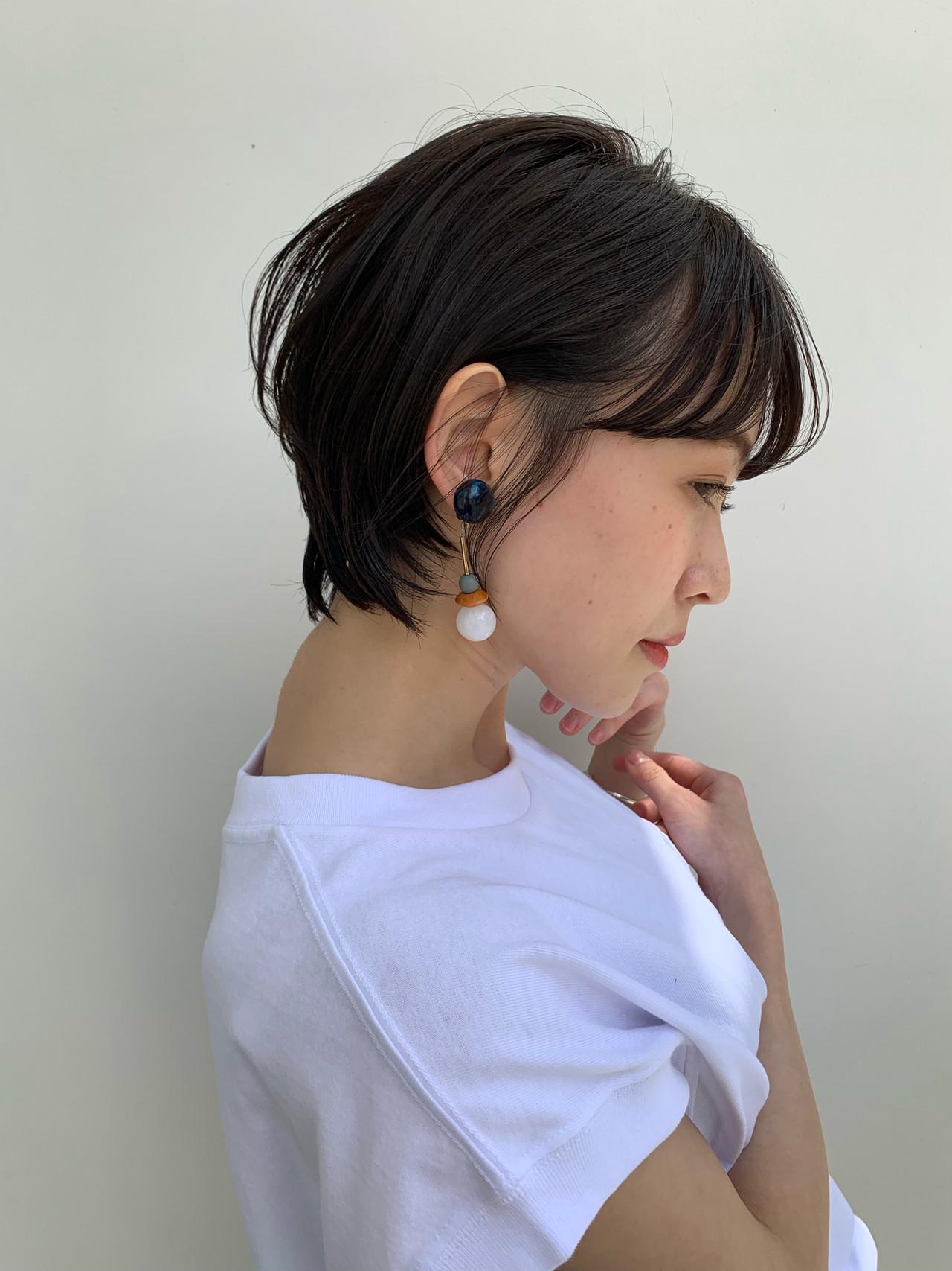 ショート ナチュラル 耳掛けショート 透明感カラー ヘアスタイルや髪型の写真・画像