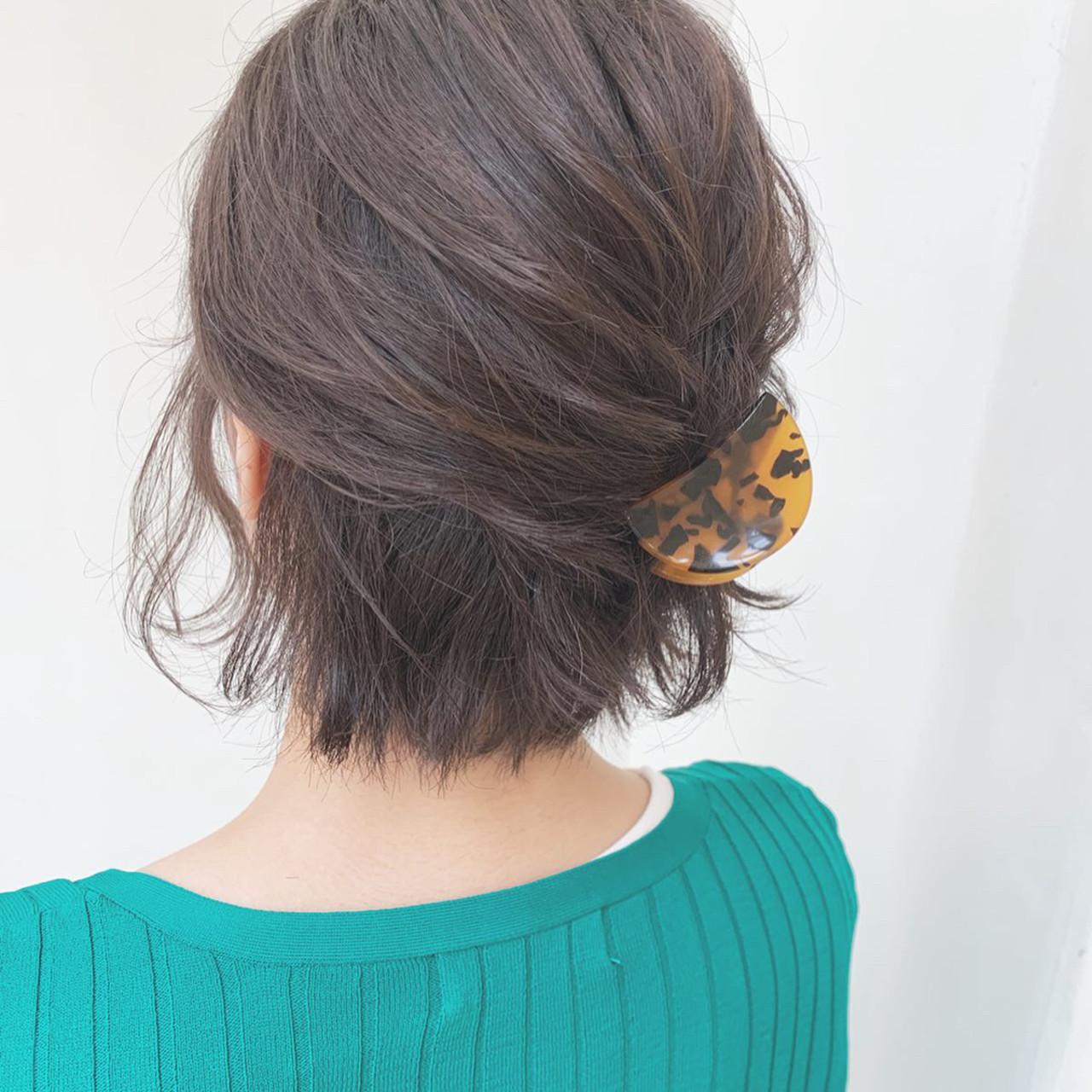 後れ毛のみアイロンをかけたハーフアップアレンジ Kaoru_ishiga