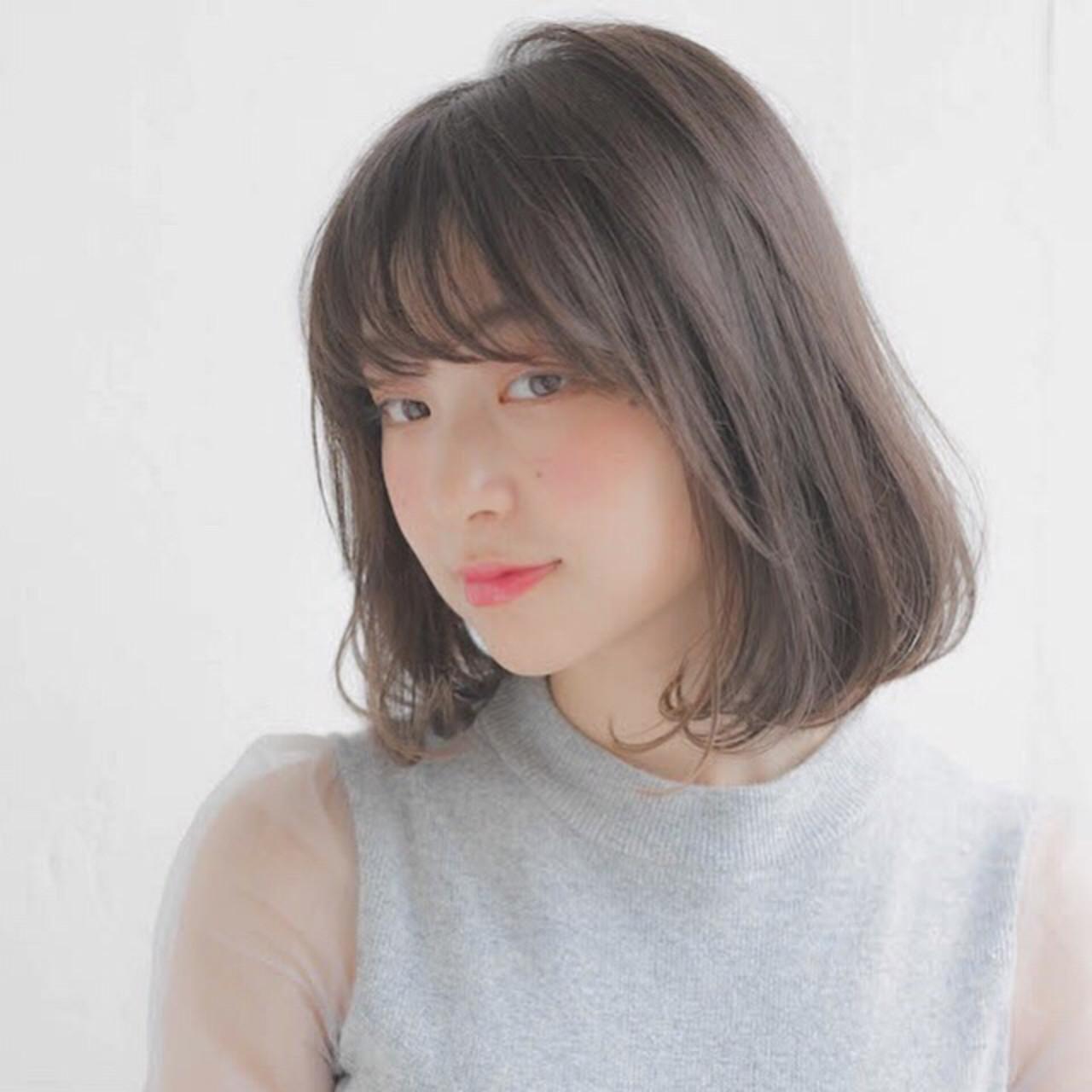 アッシュグレージュでふわっと透明感たっぷりに 竹澤 優/relian銀座Top stylist
