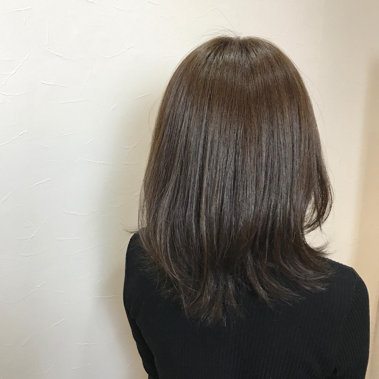 ミディアム ガーリー ベージュ マット ヘアスタイルや髪型の写真・画像