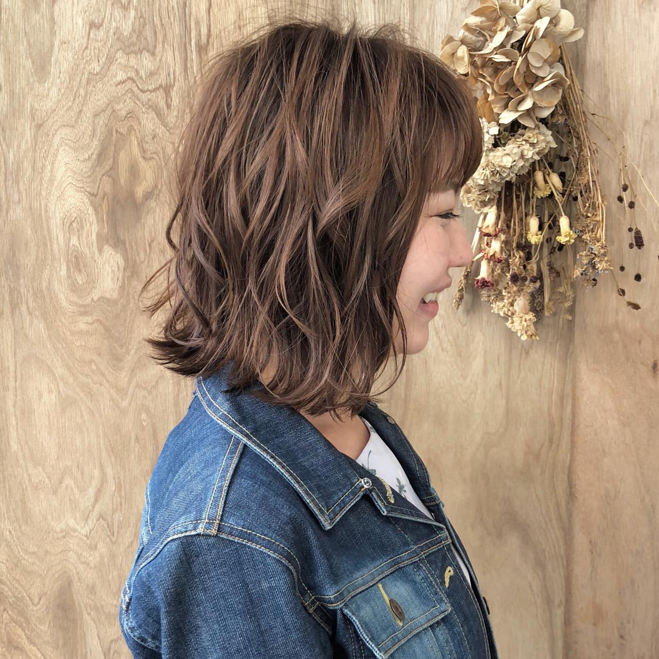 外ハネボブ ミニボブ ショートボブ 切りっぱなしボブ ヘアスタイルや髪型の写真・画像